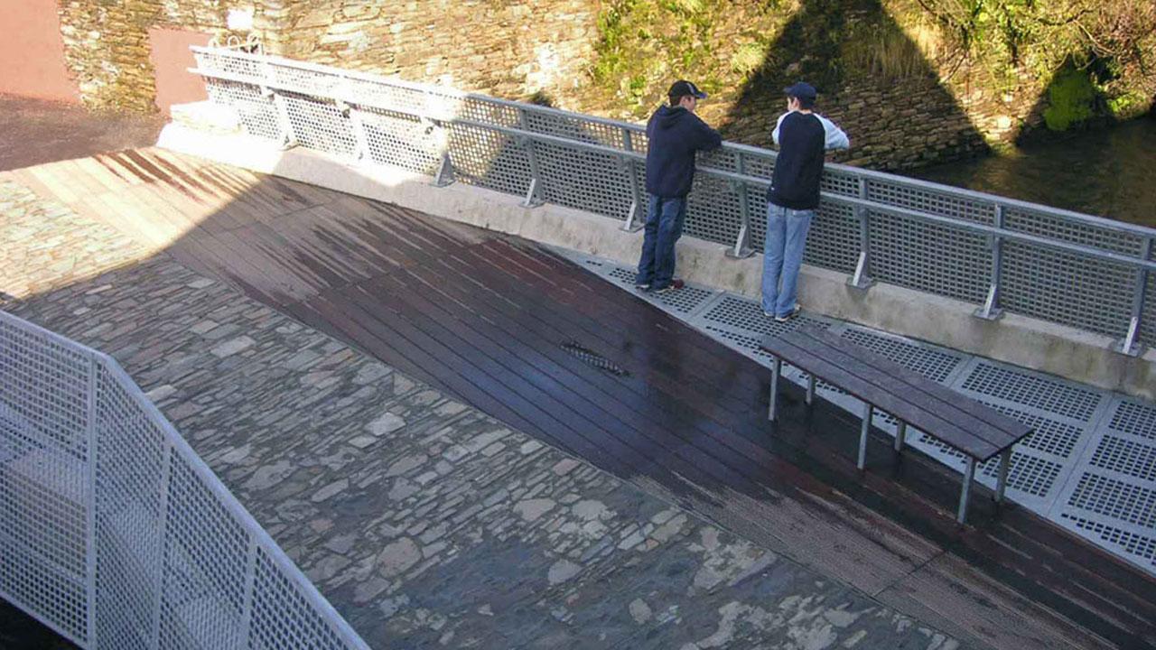clonakilty bridge image